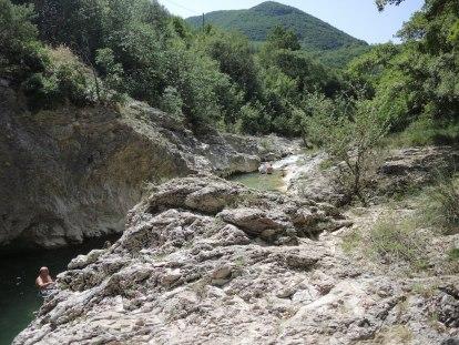 Cagli, bagni al fiume